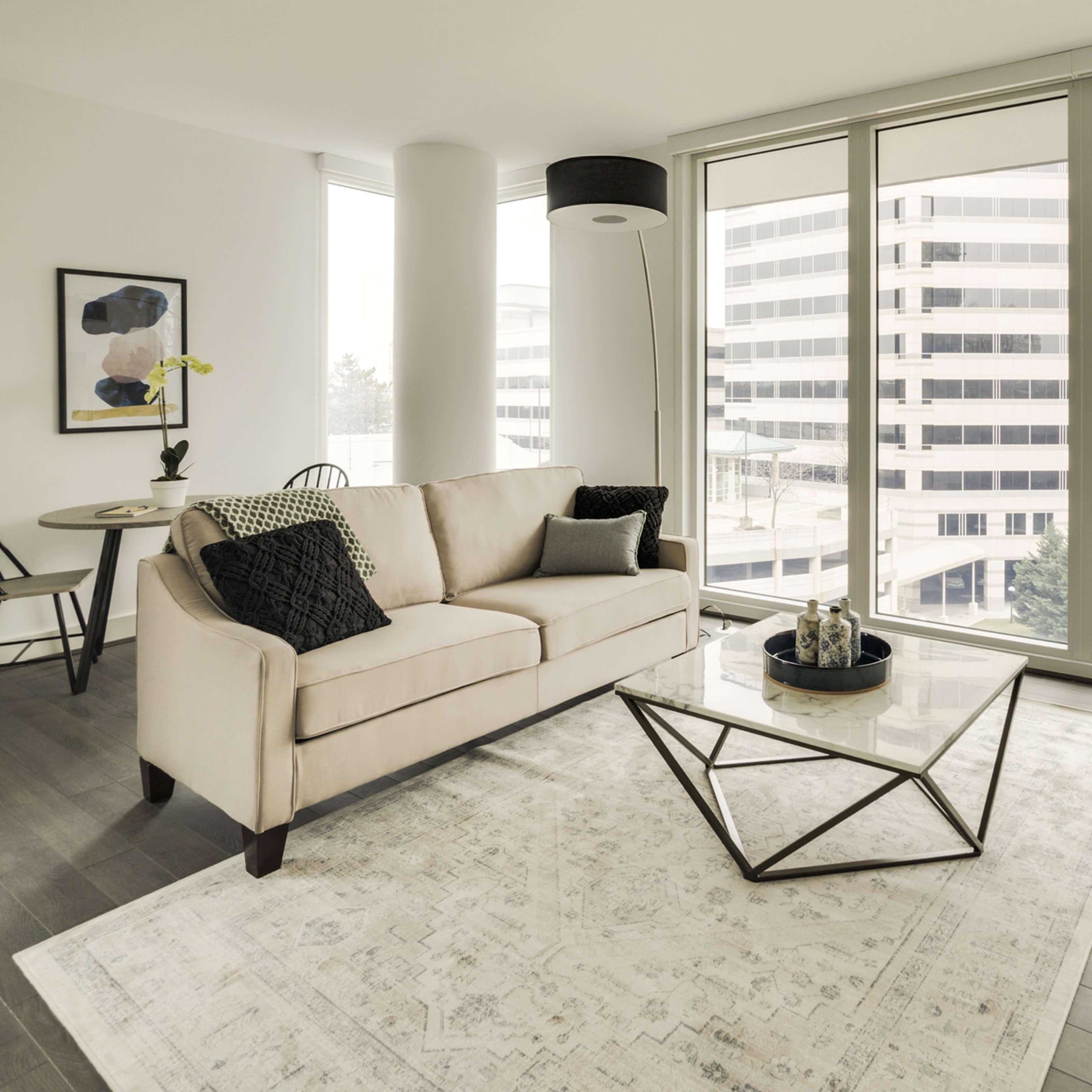 zeus studio apartment central space
