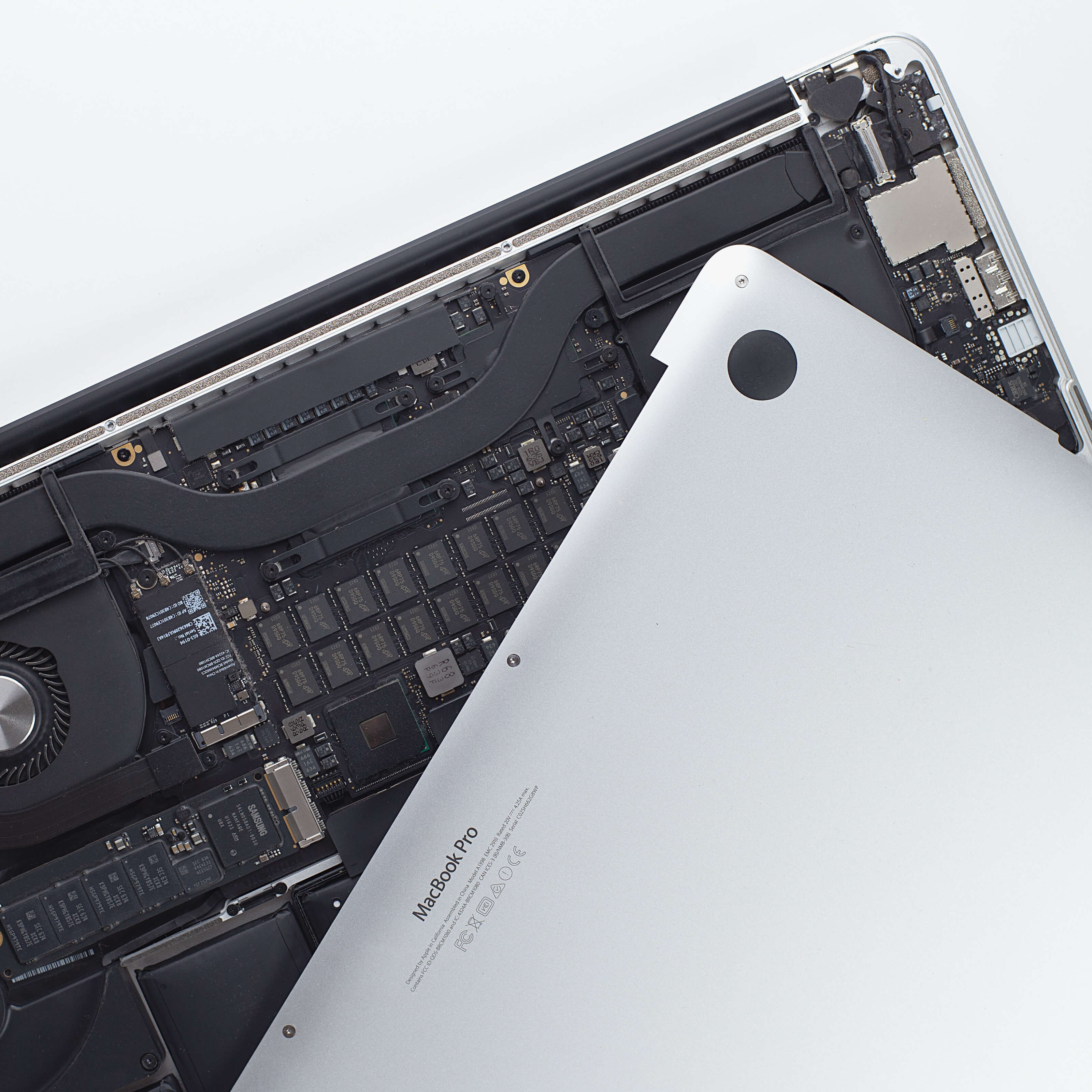 macbook pro circuitboard