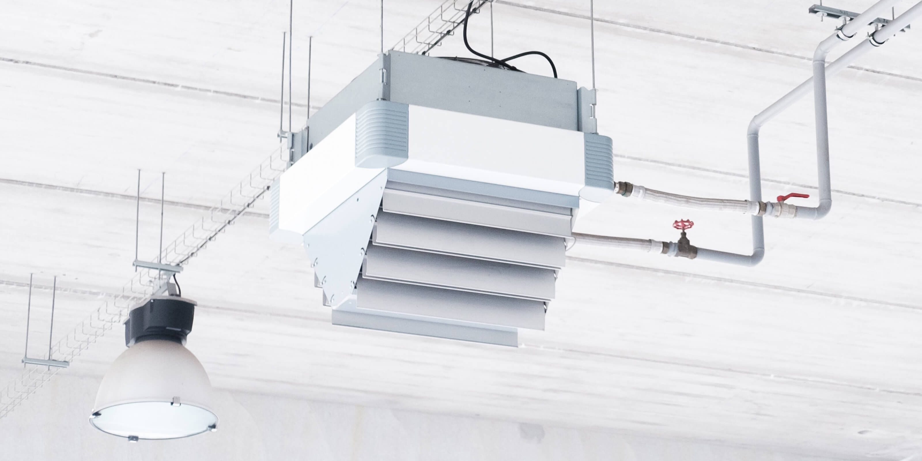 air conditioning unit on ceiling