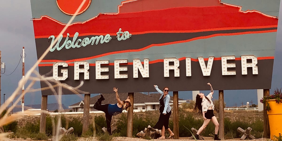 welcome to green river sign