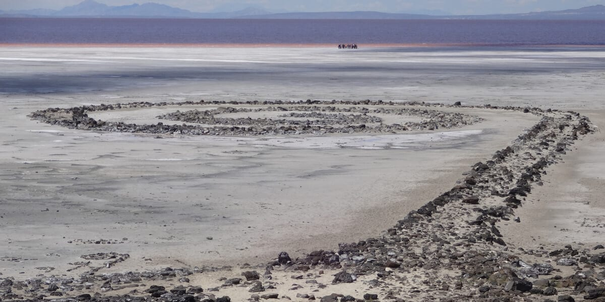 spiral jetty, sculpture, beach