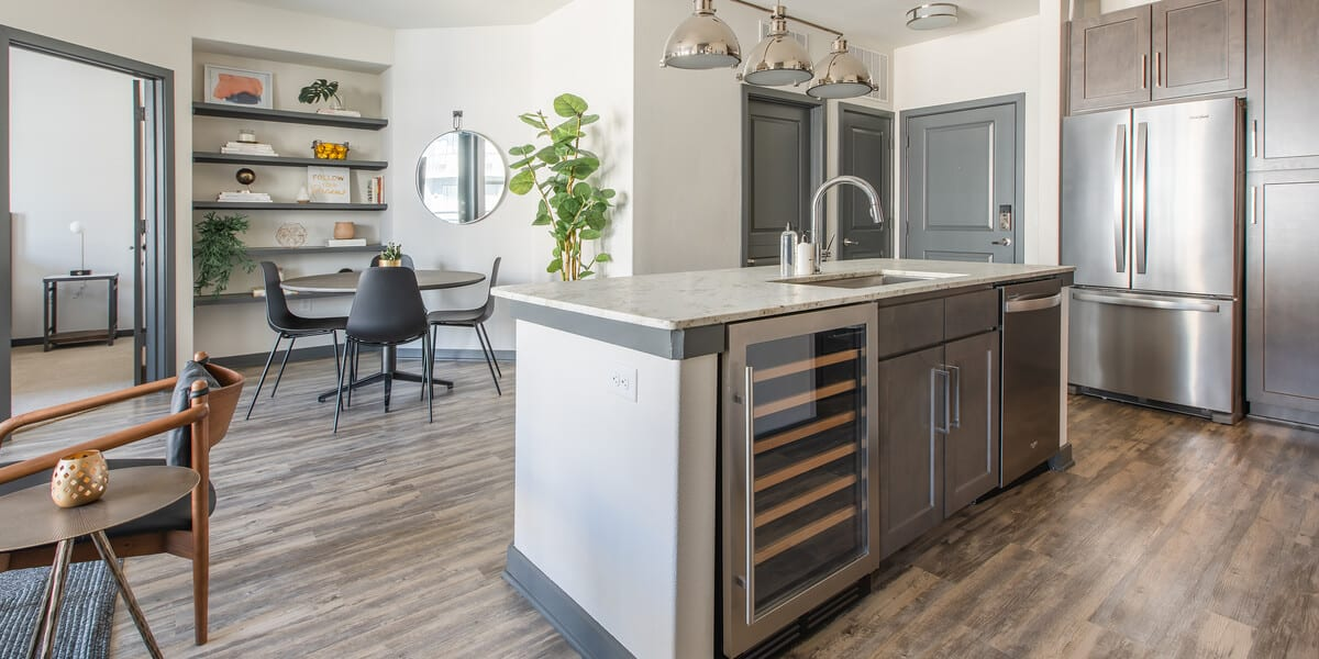 locale apartment kitchen in forth worth west 7th