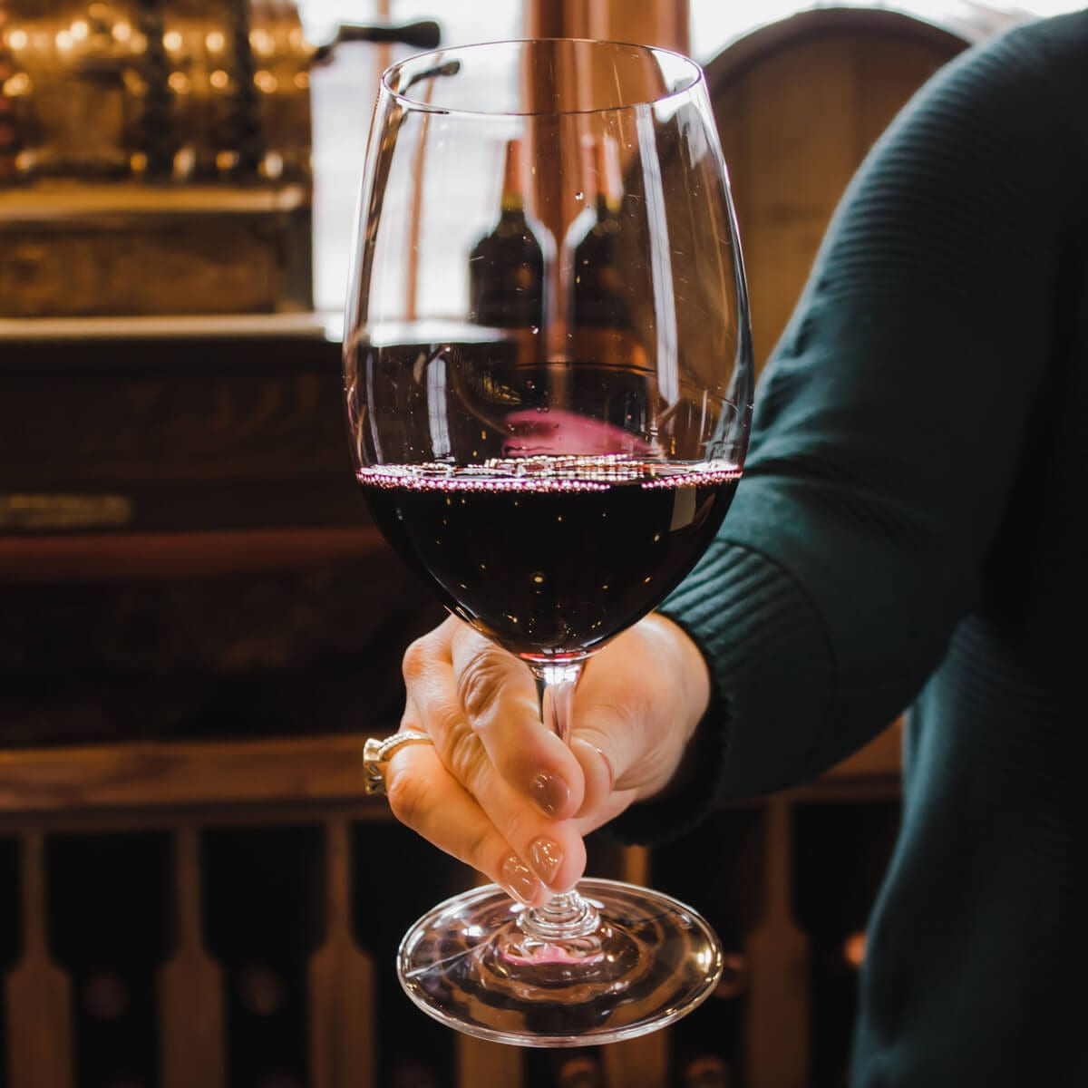 How to Hold a Wine Glass: A Guide to Proper Wine Etiquette