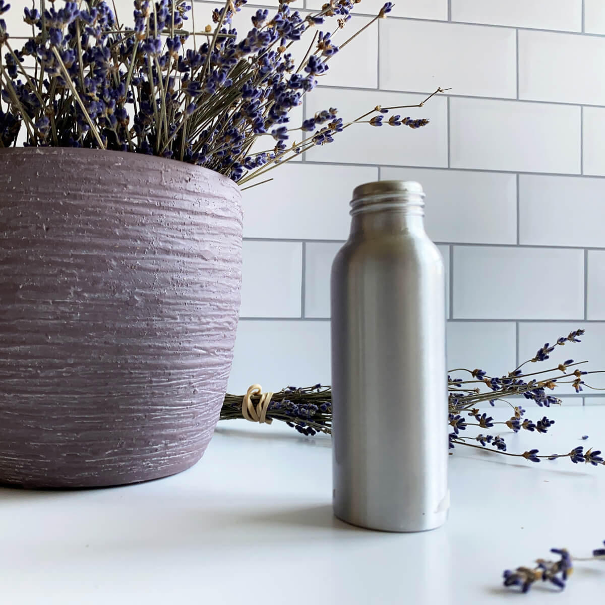 How to Make Lavender Oil: An Easy DIY Recipe