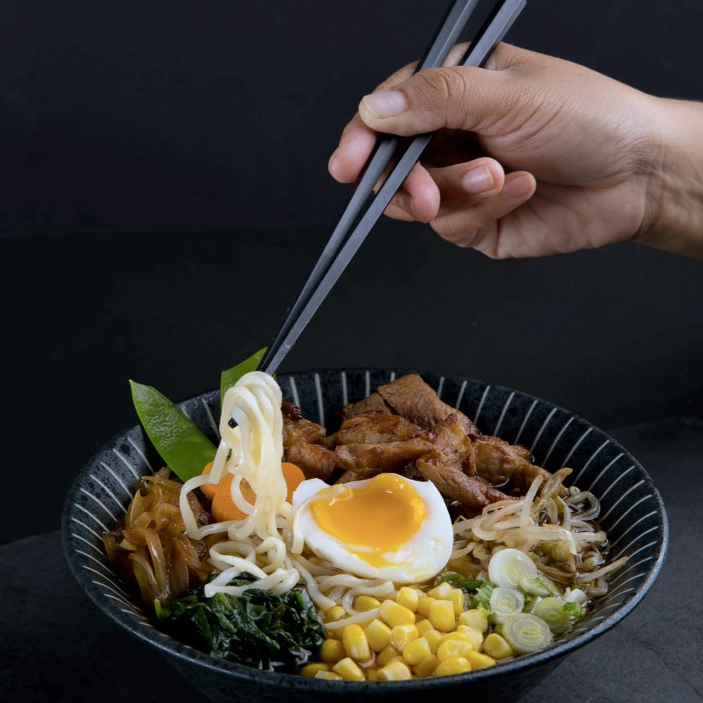 How To Eat Ramen The Right Way