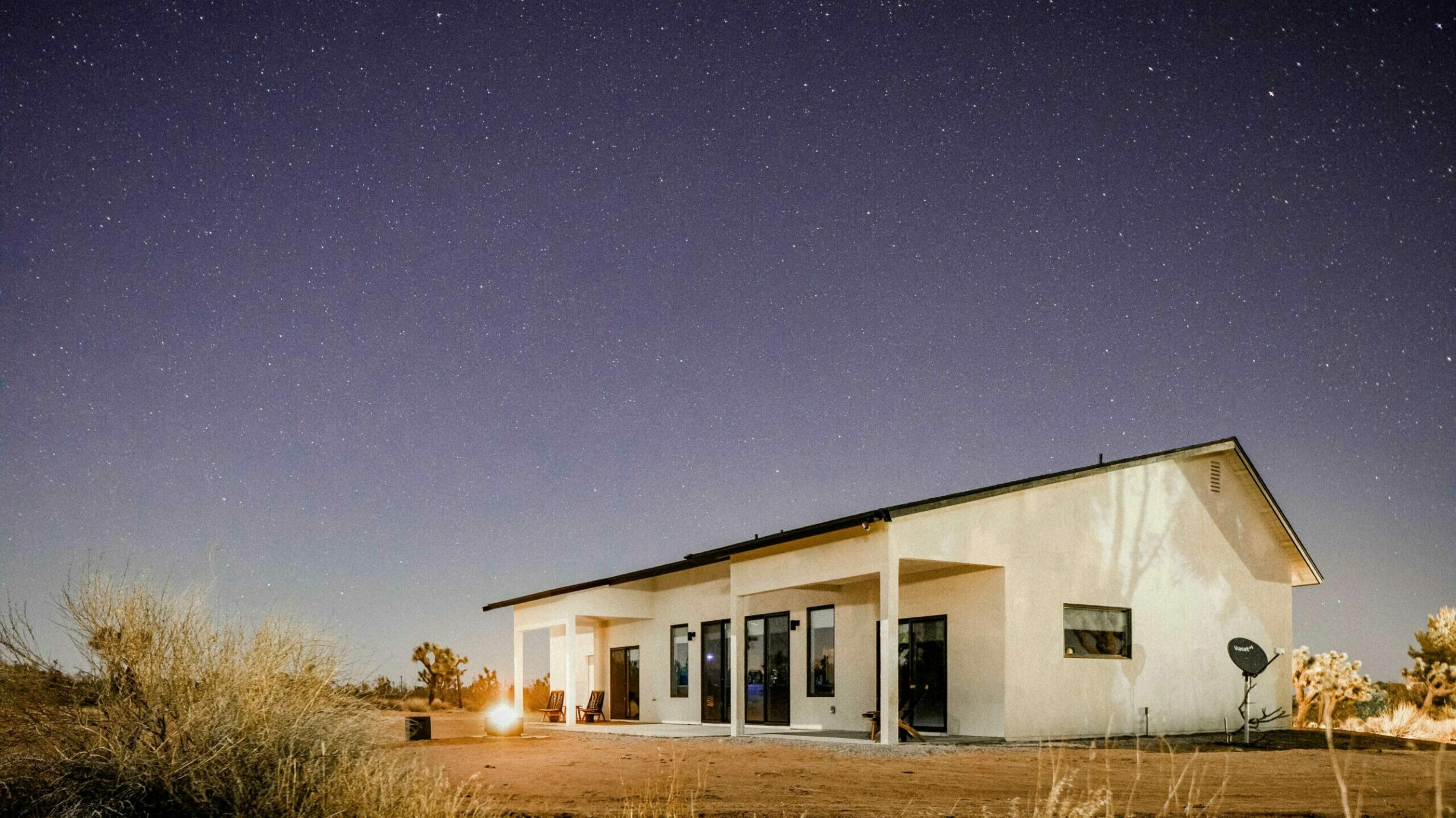 Desert Solitude at Lazy Sunday House: Vacation Rooted in Sustainability